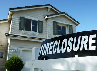 Foreclosed_home_470_1108