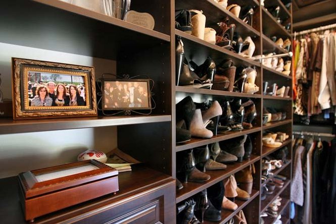New Orleans Saints Coach Sean Payton's wife has a whole lotta shoes . . .  and a great closet for storing them