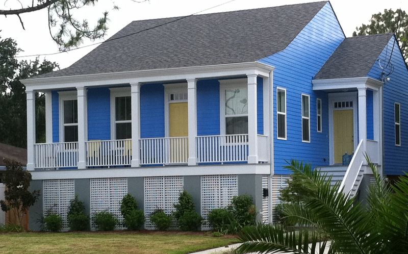 New Orleans House Paint Colors: Periwinkle Blue, Yellow and White