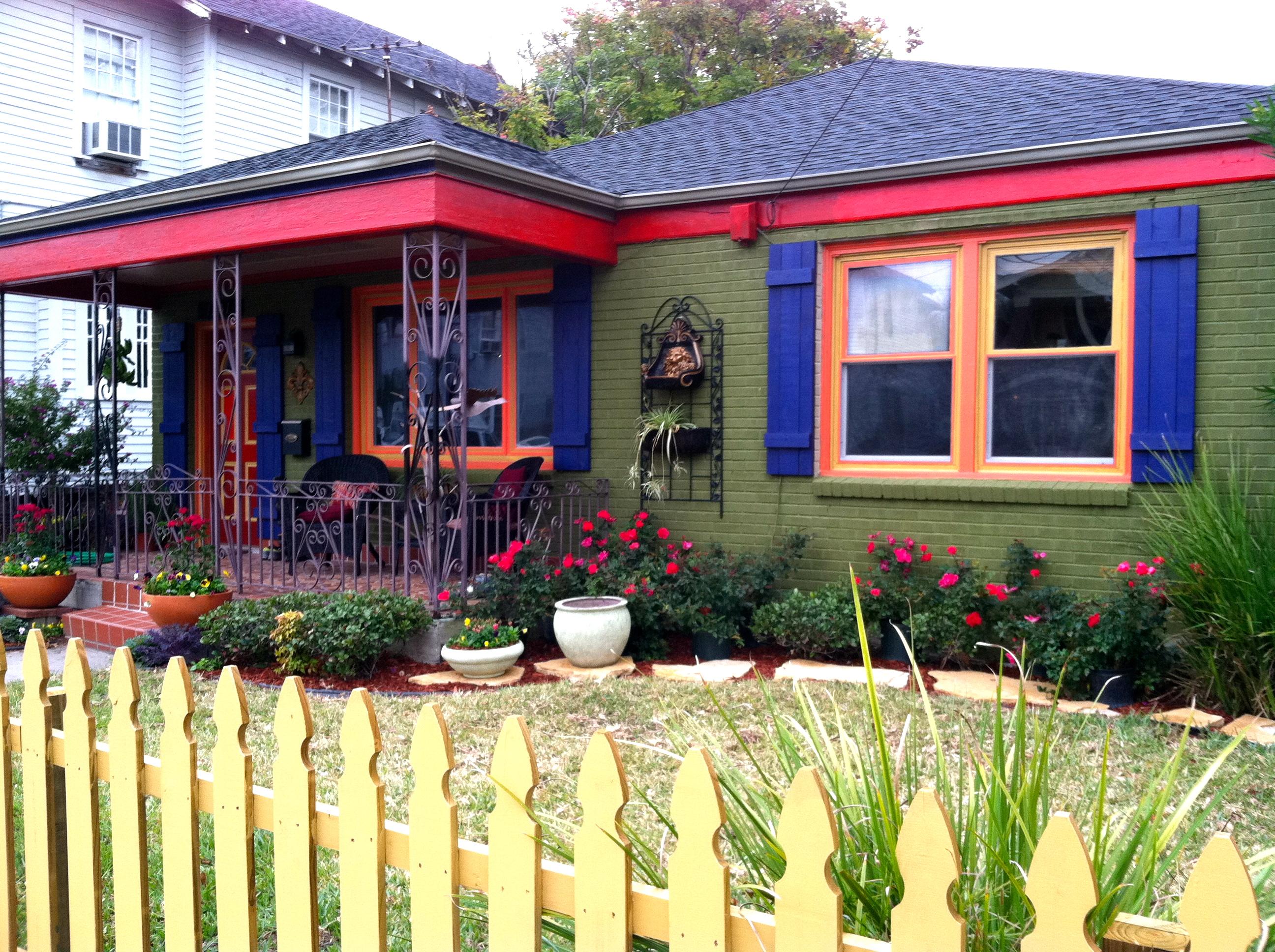 Exterior house paint ideas green - New Orleans House Paint Colors