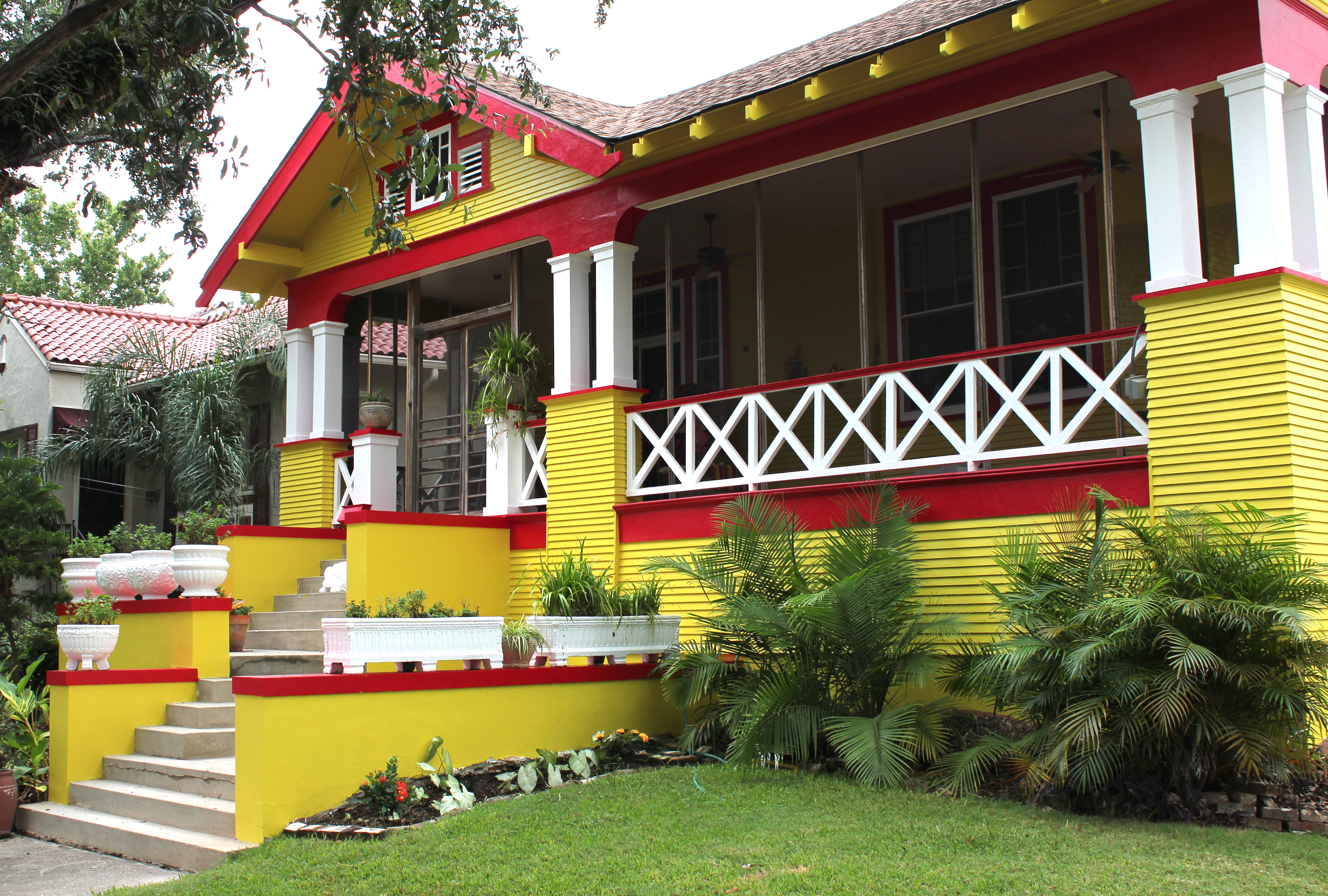 New Orleans House Paint Colors Yellow Red And White Broadmoor